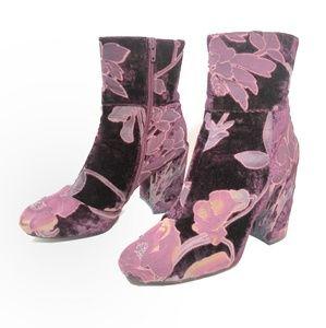 Steve Madden Shoes - Steve Madden Maroon and Floral Velvet Ankle Boots